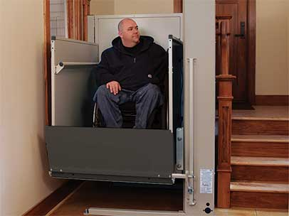 residential wheelchair lift with folding ramp